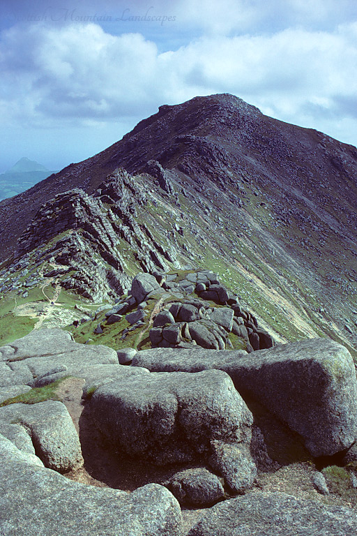 The Tors of Stacach on the north ridge of Goatfell, from North Goatfell.