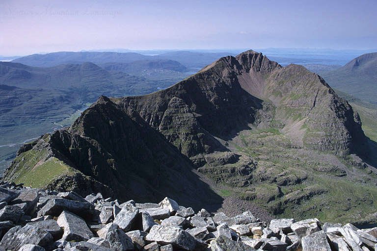 Liathach: looking west to Am Fasarinen and Mullach an Rathain.