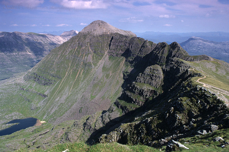 Liathach: looking east to Spidean a'Choire Léith and Am Fasarinen.